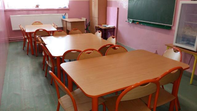 Meble wykonywane dla Szkoły Podstawowej w Rogotwórsku