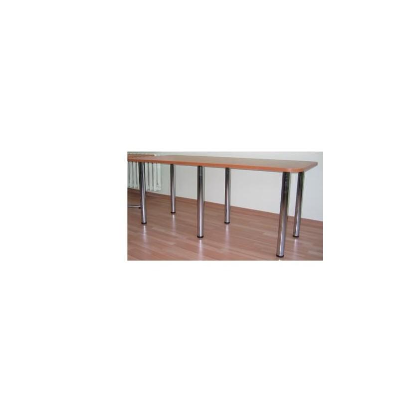 Stół na 4-ch metalowych nogach